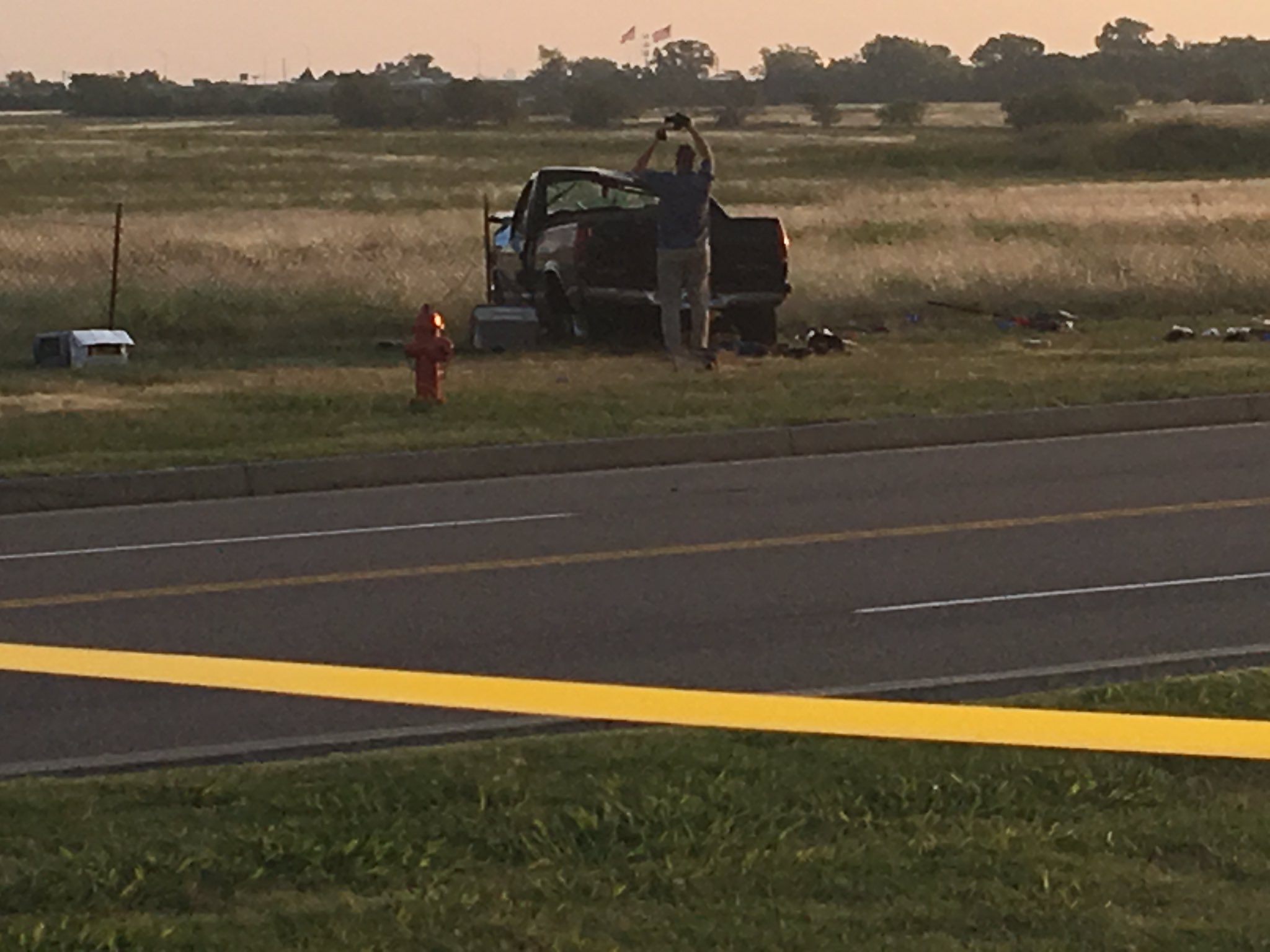 Police on scene of crash following a police pursuit. (Shardaa Gray/KOKH)