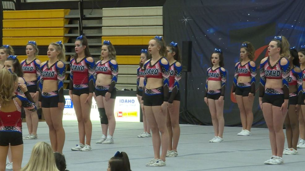 Watch: Idaho Cheer on its way to the Nationals Competition in Orlando