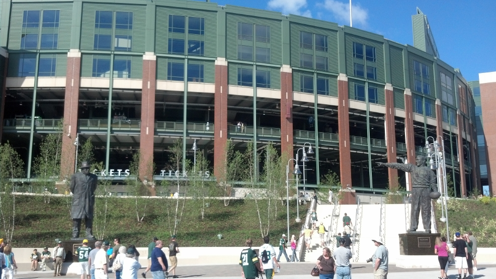 Packers fans tour the new Harlan Plaza outside Lambeau Field