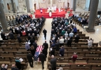 Pallbearers escort casket of former Wisconsin Gov. Patrick Lucey into the Church of Gesu for funeral services Monday, May 19, 2014 in Milwaukee. Lucey was a hard-nosed Democrat who died May 10, 2014 at age 96. He was Wisconsin's governor from 1971 to 1977. (AP Photo/Carrie Antlfinger)
