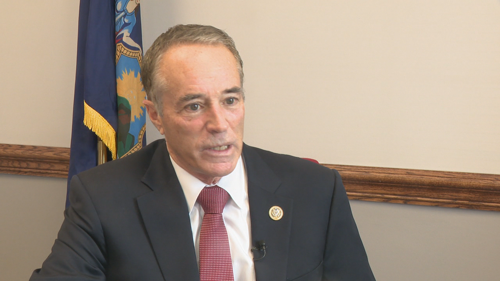 Congressman Chris Collins pledges to complete term