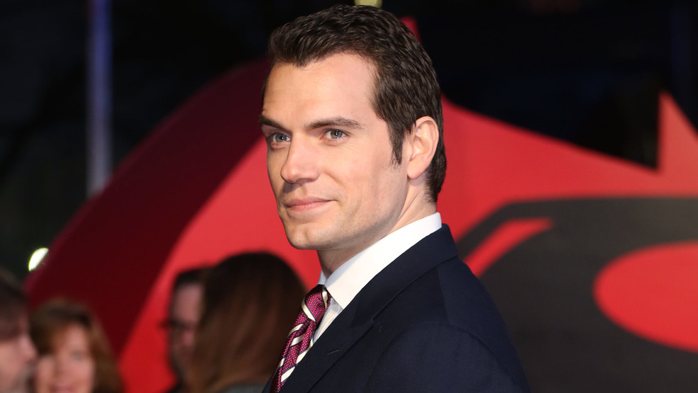 Report: 'Superman' Henry Cavill finds real-life Lois Lane on set