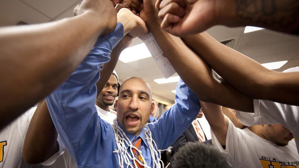 VCU head coach Shaka Smart celebrates with his players after beating Kansas to reach the Final Four in 2011. (Courtesy VCU Athletics)