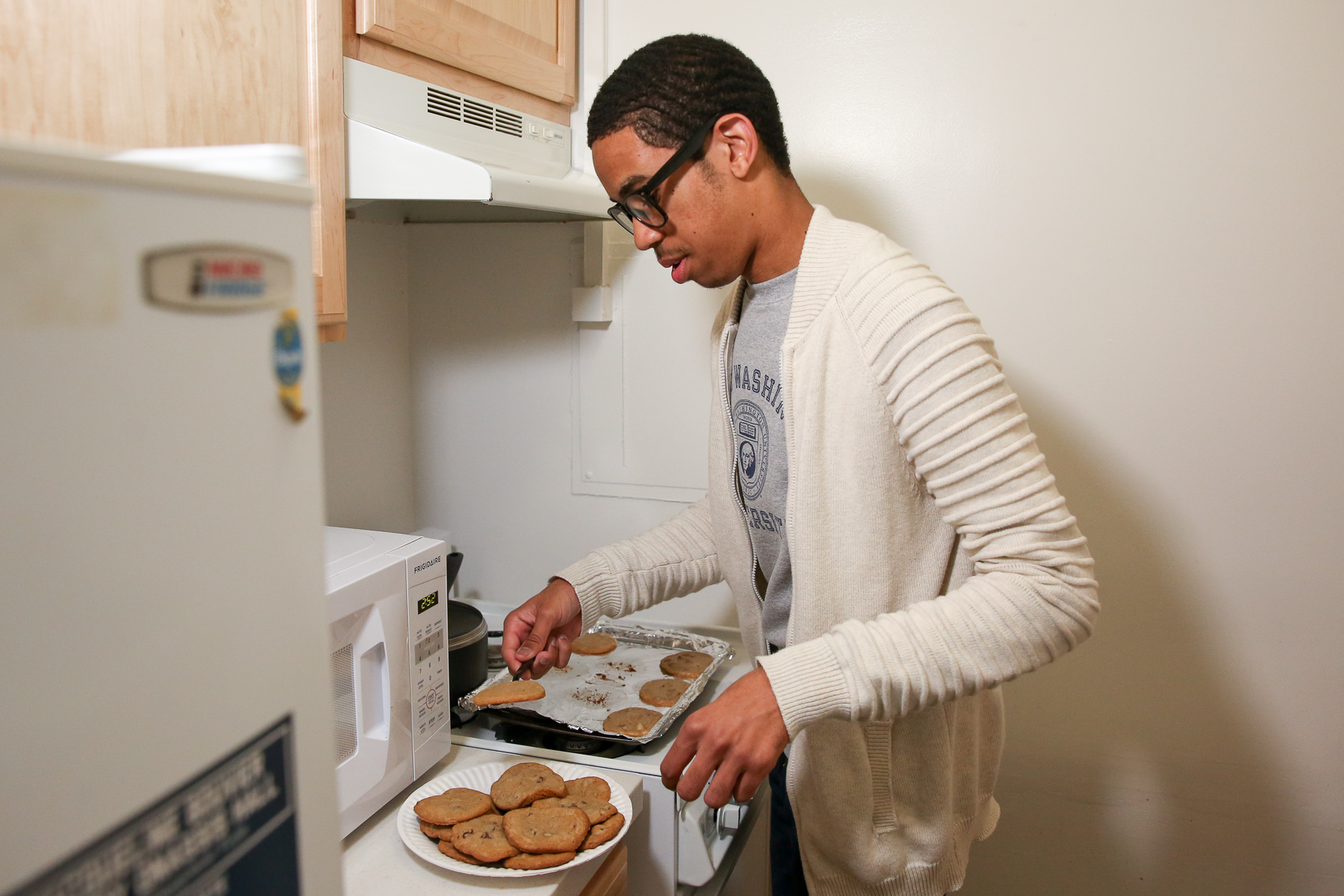 Serving up cookies in his dorm's kitchen.{&amp;nbsp;} (Amanda Andrade-Rhoades/DC Refined)<p></p><p></p>