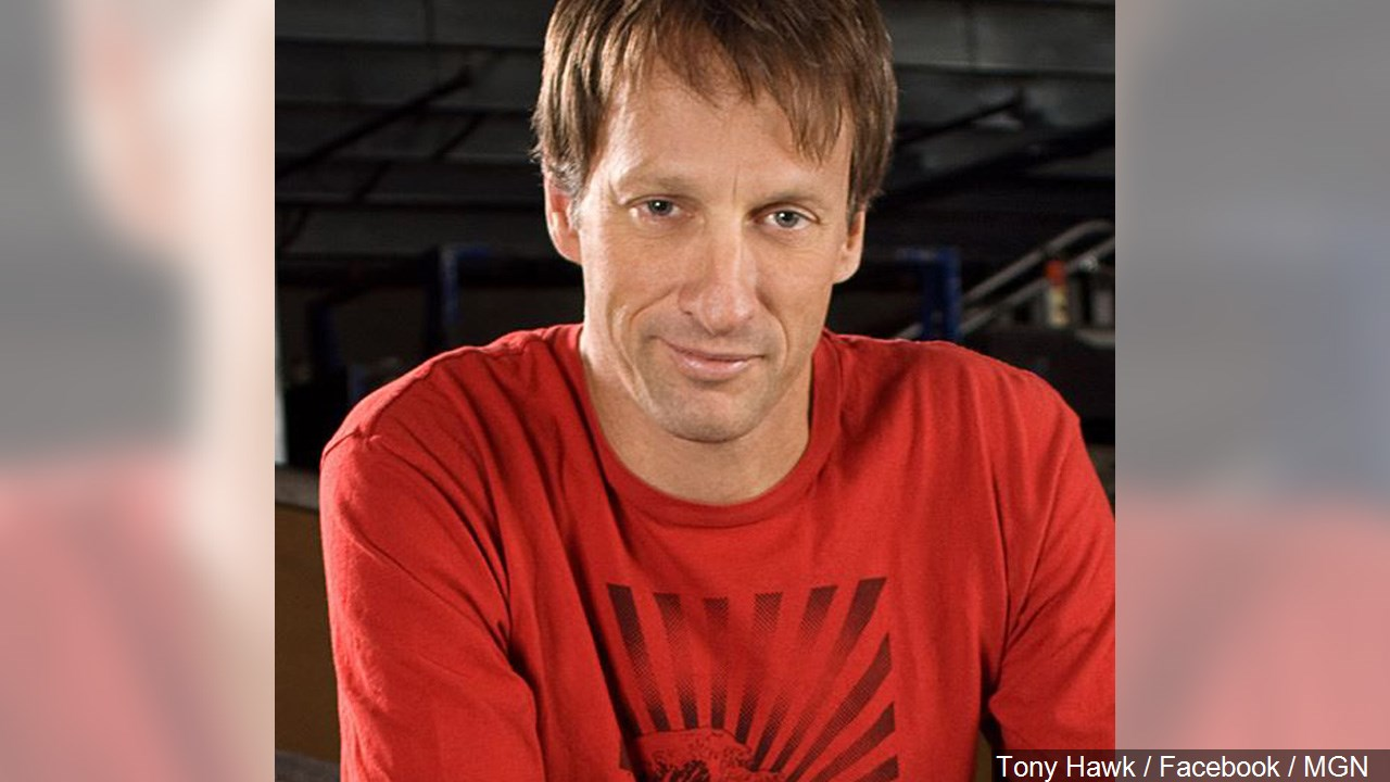 Tony Hawk landed a perfect 900 Monday -- 17 years to the day after completing the move at the 1999 X-Games. (MGN Online)