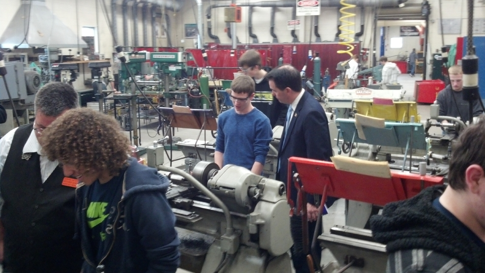 Gov. Scott Walker tours the tech ed. program at Kaukauna H.S. on Mon, Feb. 17, 2014. (WLUK/Andrew LaCombe)
