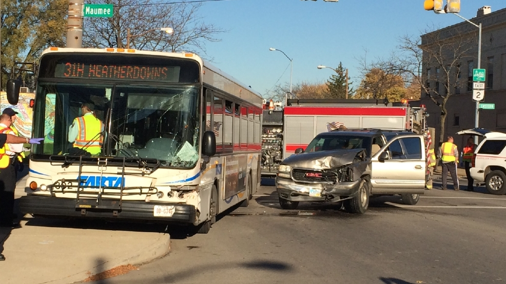 Multiple Injuries Reported After Tarta Bus Suv Collide Wnwo