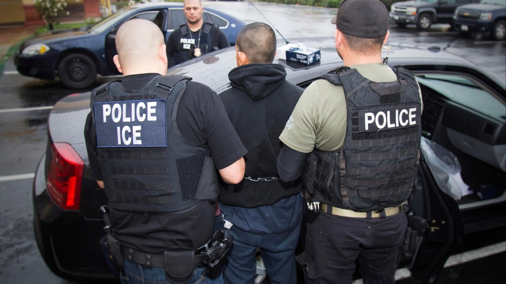 Philadelphia offers lawyers to immigrants facing deportation