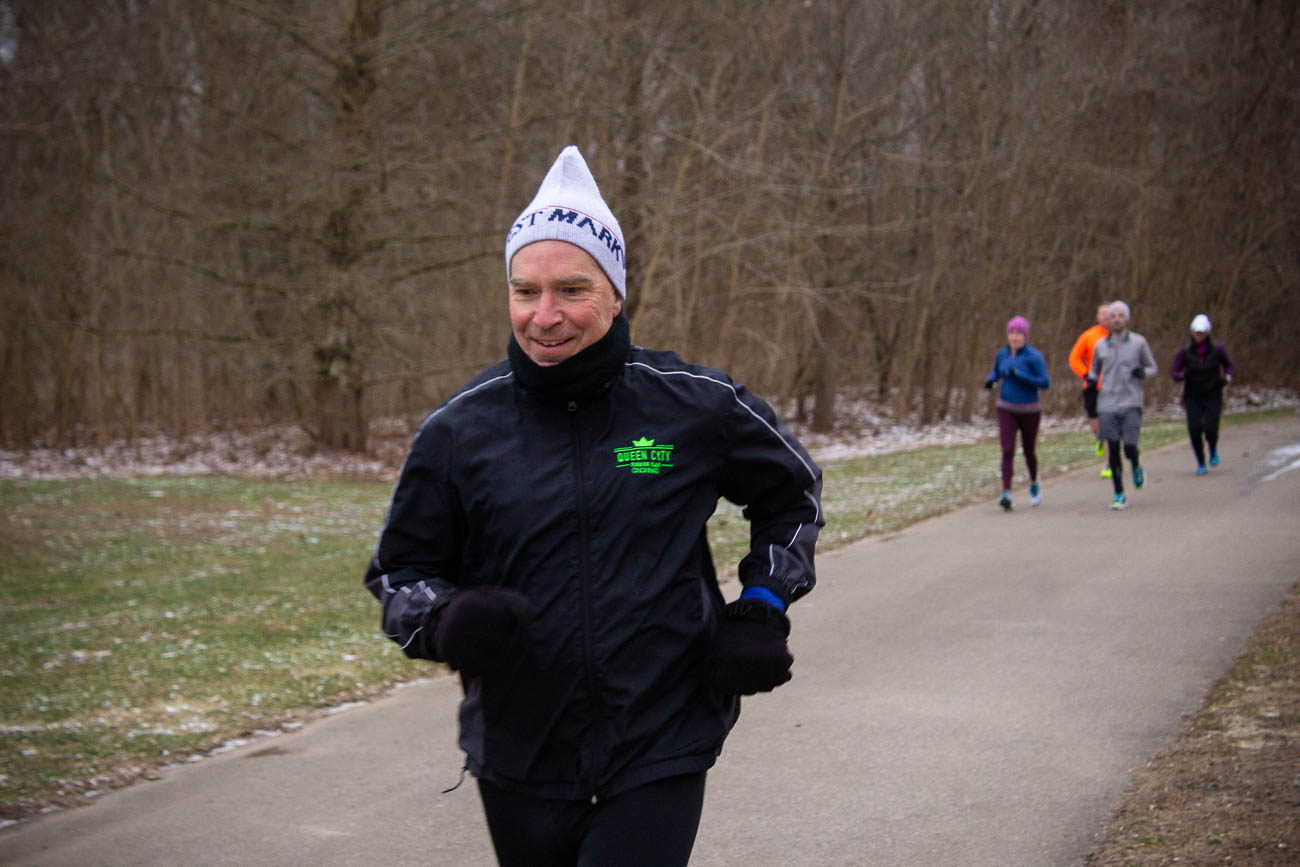 Since the training program kicked off in January and continues through April leading up to the Flying Pig Marathon, racers must adapt to all sorts of different weather conditions and sunset times—which can include icy mornings and dark evenings. / Image: Katie Robinson, Cincinnati Refined // Published: 1.27.19