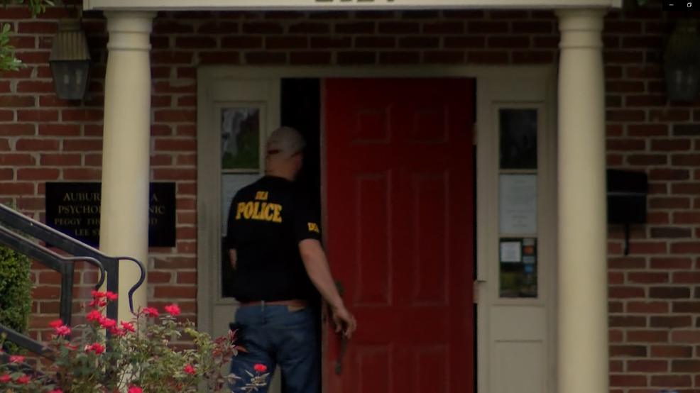 DEA raids Gulf Shores doctor's office | WJTC