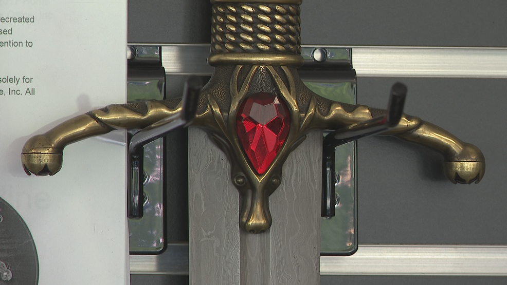 Game of Thrones replica swords at Jalic Blades - WTVC.png