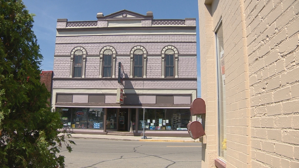 Downtown buildings get spruced up in Seymour.