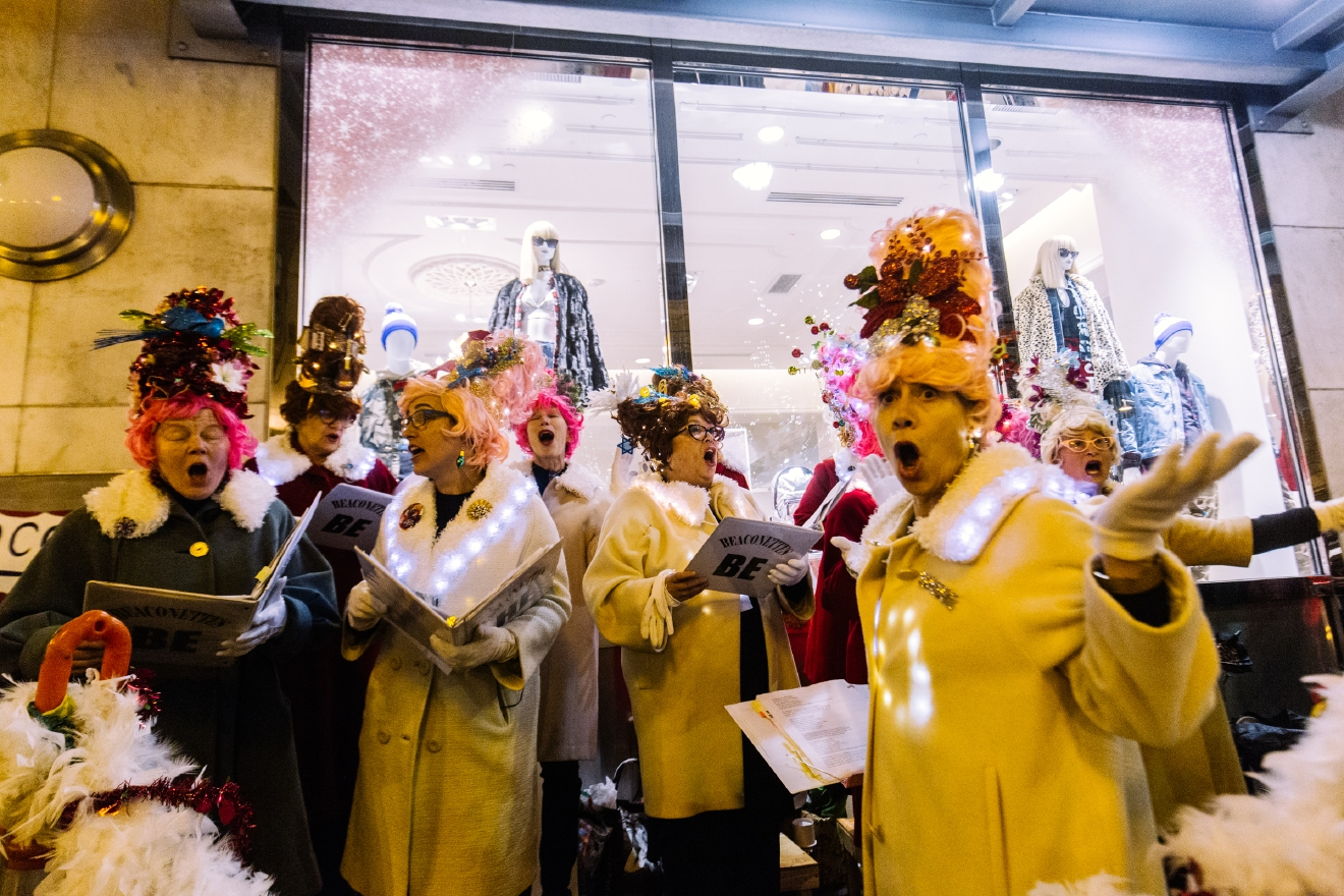 The whole event benefits the Pike Market Senior Center & Food Bank, which offer free meals, free groceries, one-on-one counseling and other services to our low-income and homeless neighbors in need. (Image: Seattle Refined)