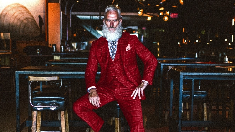 Santa Claus is coming to town ,, Fashion Santa that is!