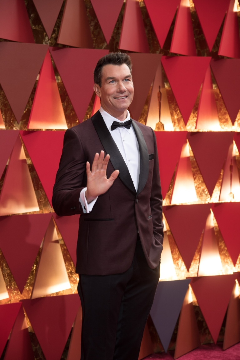 Jerry O'Connell arrives on the red carpet of The 89th Oscars® at the Dolby® Theatre in Hollywood, CA on Sunday, February 26, 2017. (Michael Yada / ©A.M.P.A.S.)