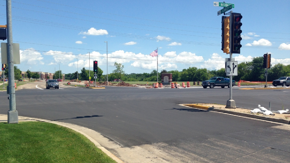 A construction zone at the intersection of Kennedy Ave. and Washington St. (Hwy. N) in Kimberly is seen, July 10, 2014. (WLUK/Laura Smith)