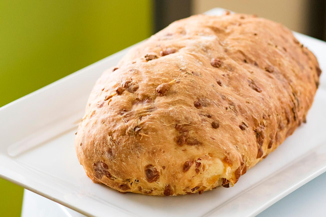 <p>Pepperoni cheddar bread{&nbsp;}/ Image: Allison McAdams // Published: 2.7.19</p>