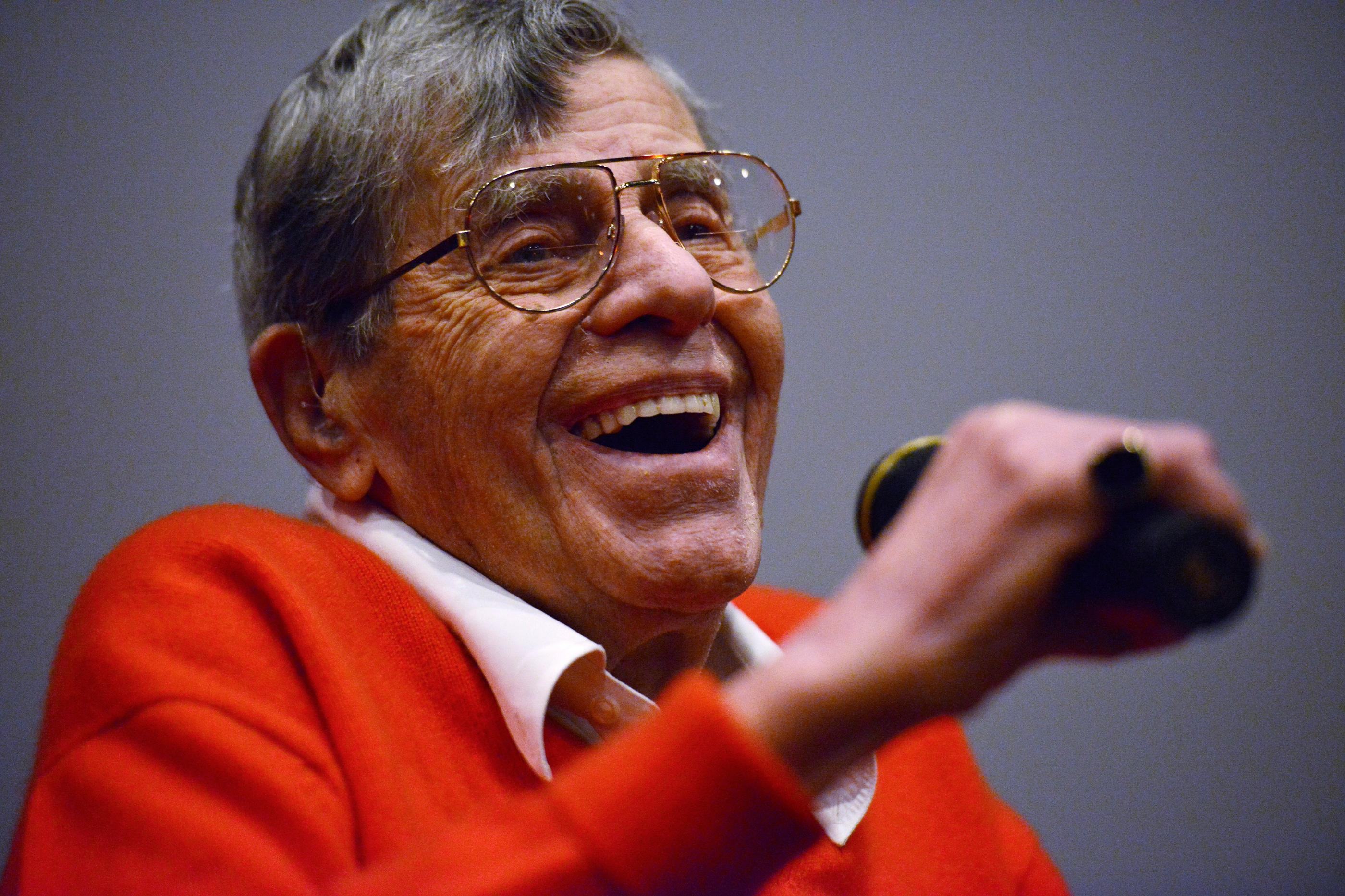 "Jerry Lewis takes part in a question and answer session after a preview of his new film ""Max Rose"" Saturday, Sept. 24, 2016 at Regal Village Square Cinemas in Las Vegas. (Sam Morris/Las Vegas News Bueau)"