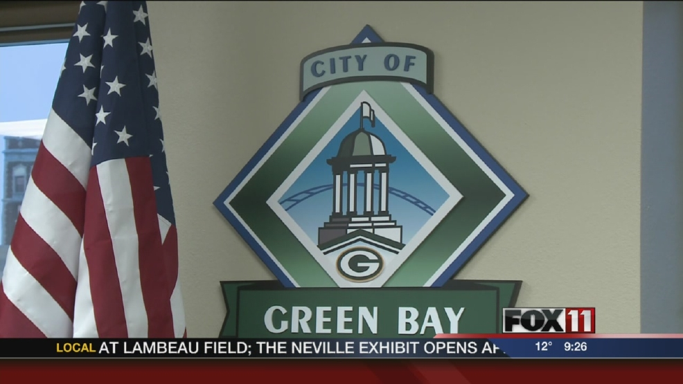 Green Bay council members discuss dual roles