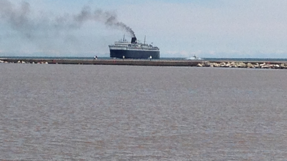 The SS Badger arrives in Manitowoc on Friday, May 16, 2014. (WLUK/Laura Smith)