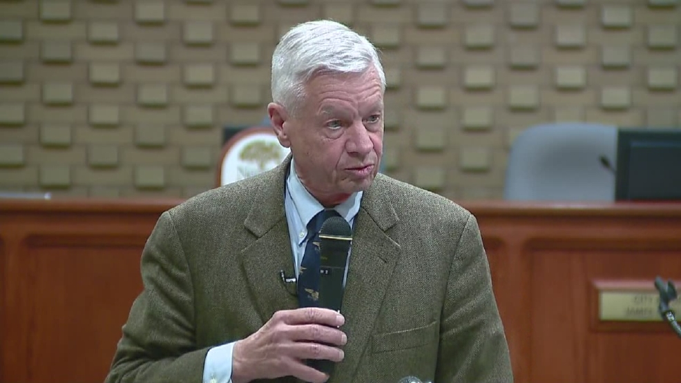 Thumbnail of U.S. Rep. Tom Petri announcing his retirement