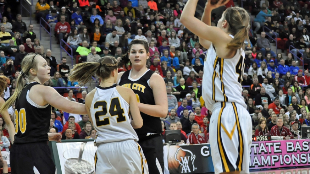 Algoma's Kennedy Blahnik (40) takes a shot against Cuba City in the Division 4 state title game on Saturday at the Resch Center. (WLUK/TV)