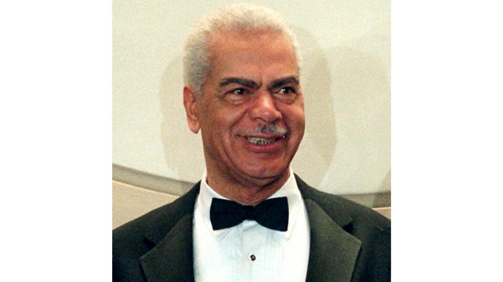 Actor Earle Hyman died Friday, Nov. 17, 2017. He was 91. (AP Photo/Ron Frehm, File)<p></p>