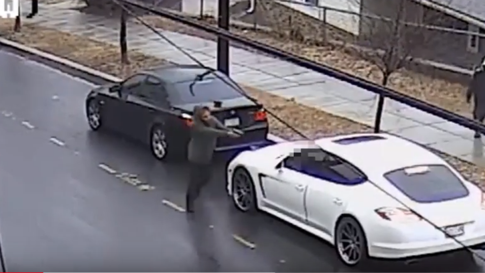 WATCH: 2 Carjackers Steal Driveru0027s Vehicle In D.C. But Forget To Take Car  Keys | WJLA