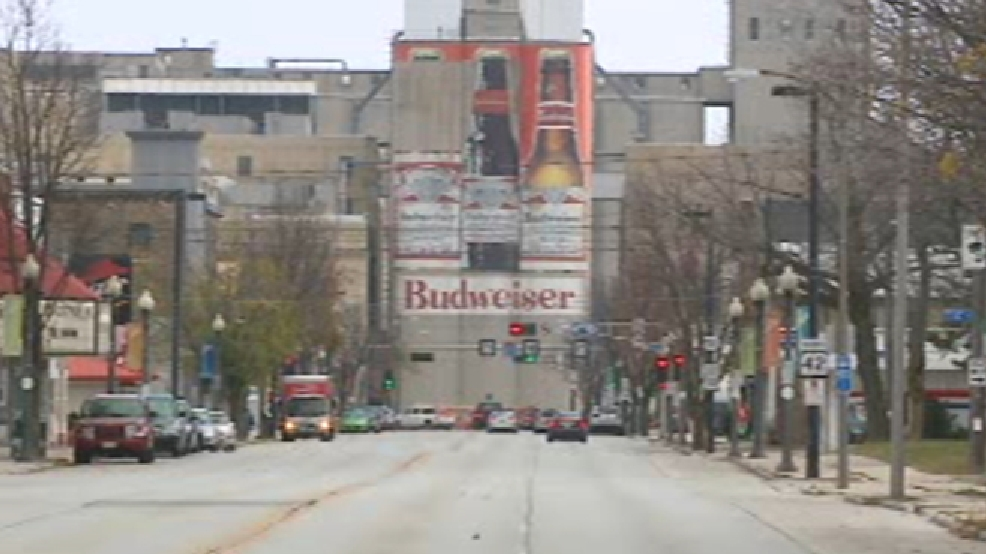File photo of the Manitowoc Budweiser murals. (WLUK)