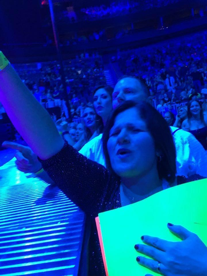 Tammy Roach says she'll never forget her time in Las Vegas because Garth Brooks stopped his concert at the T-Mobile arena to sign her poster and give her a shout out.  6/27/2016 [Photo Courtesy: Tammy Roach]