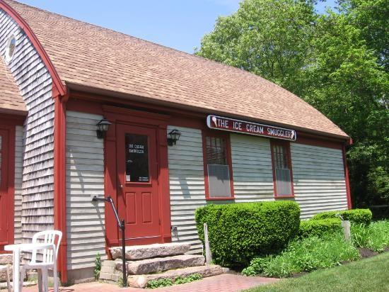 Known to many as the %u201Cbest ice cream shop on Cape Cod,%u201D this quaint dairy bar will not disappoint. For over 30 years the Smuggler has been sharing the tempting tastes of New England with locals and travelers from around the world.