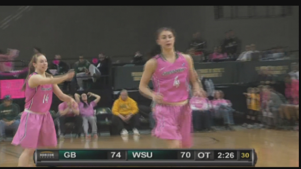 The Green Bay Phoenix women took first place with a win over Wright State Thursday night.