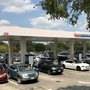 Another day of panic buying at Austin gas pumps
