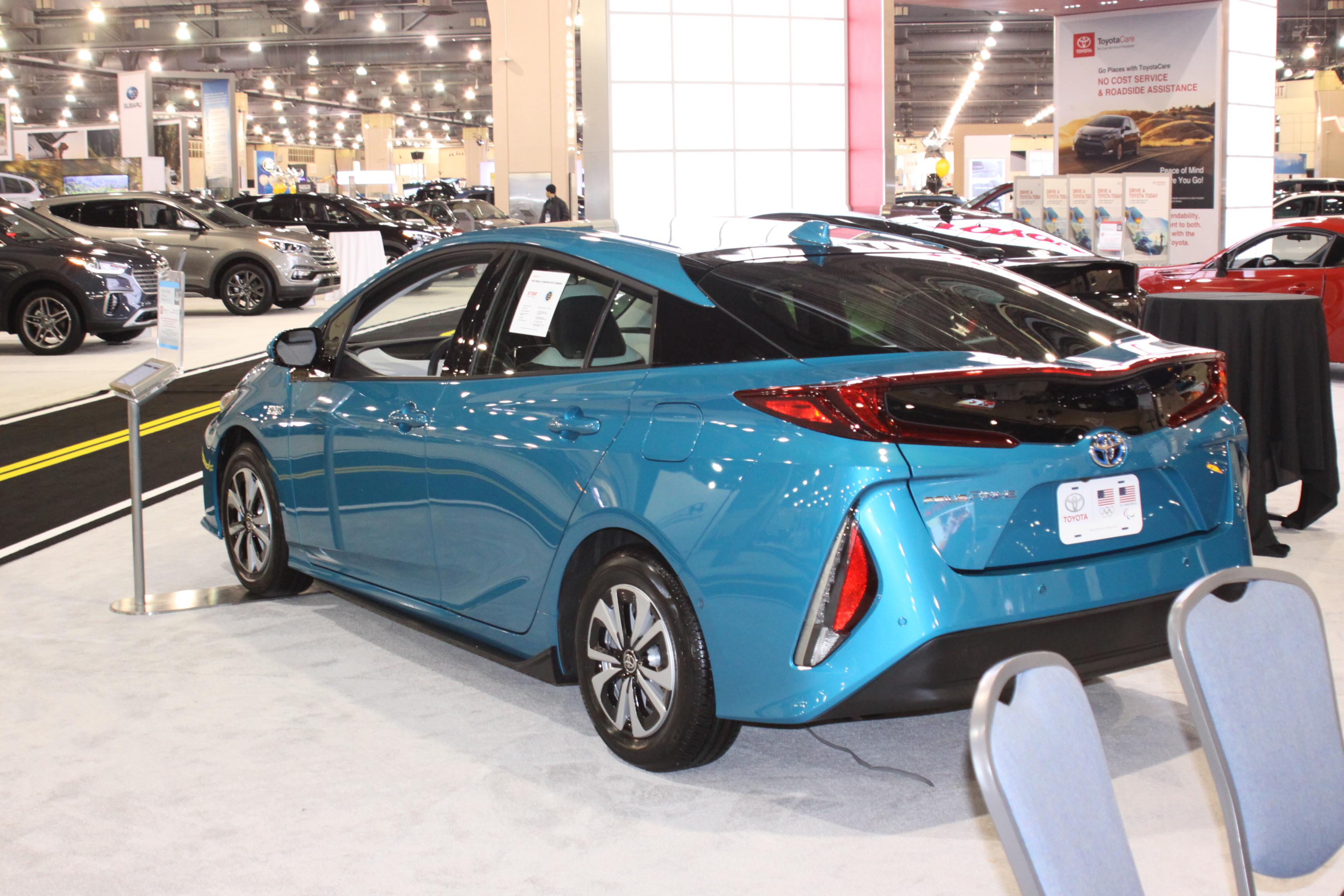 GALLERY Philadelphia Auto Show WTWC - Philadelphia convention center car show