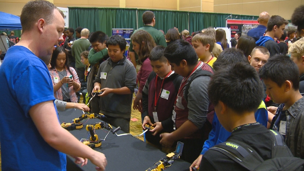 Green Bay students explore careers at 'Find Your ...