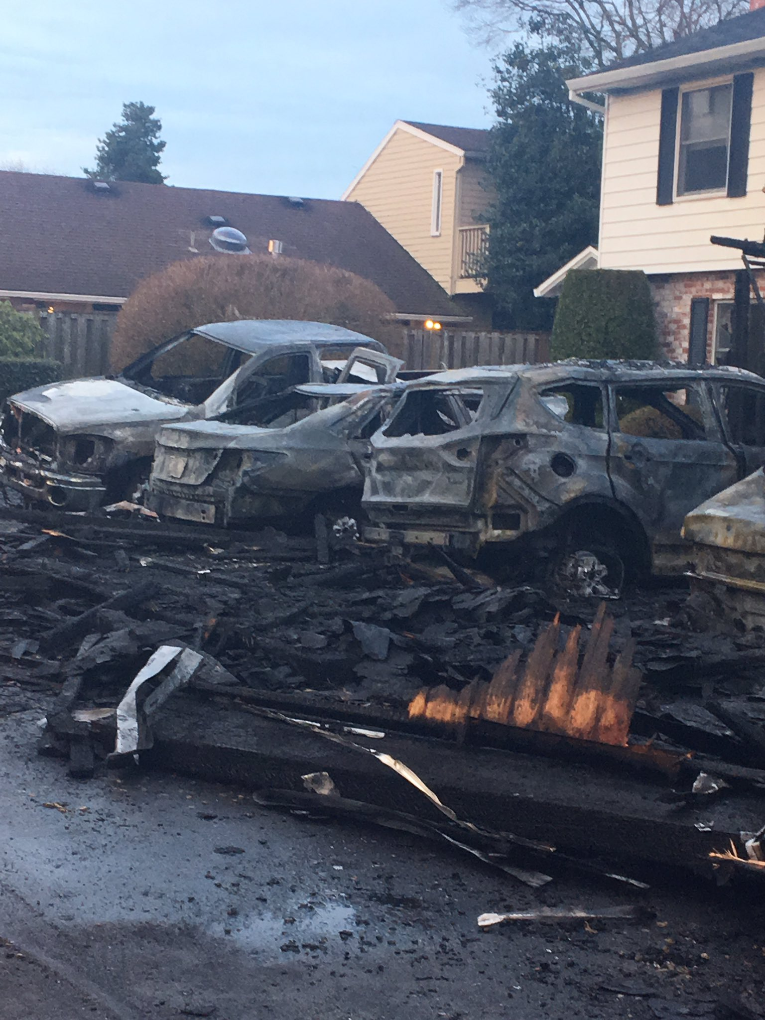 A fire at a carport at a Beaverton apartment complex destroyed six vehicles on Feb. 22, 2019. Photo by Jackie Labrecque{ }