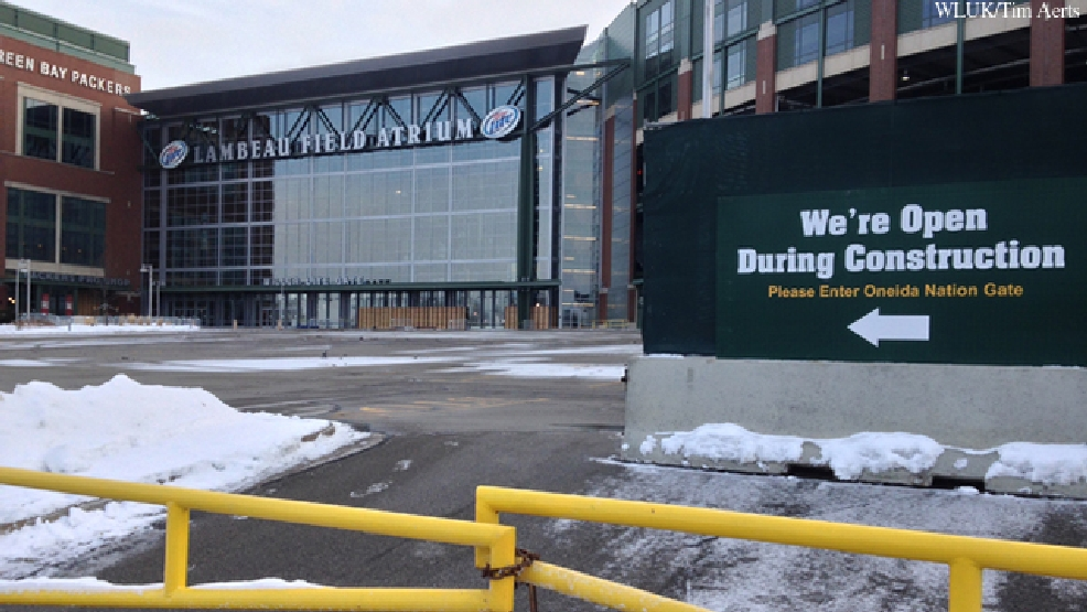 A sign outside the Lambeau Field Atrium advises visitors to use a different entrance while the atrium is under construction, Jan. 20, 2014.