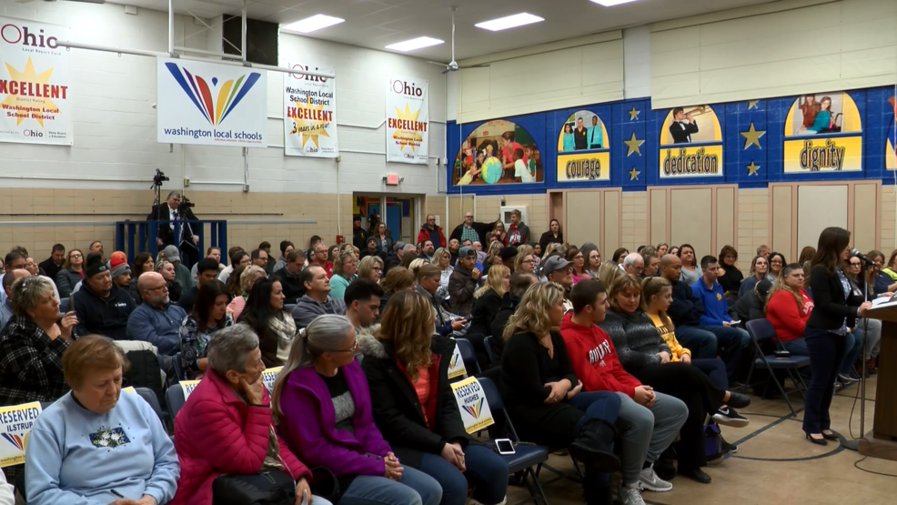 All 300 seats were filled at Wednesday night's Washington Local Schools  Board meeting (WNWO).