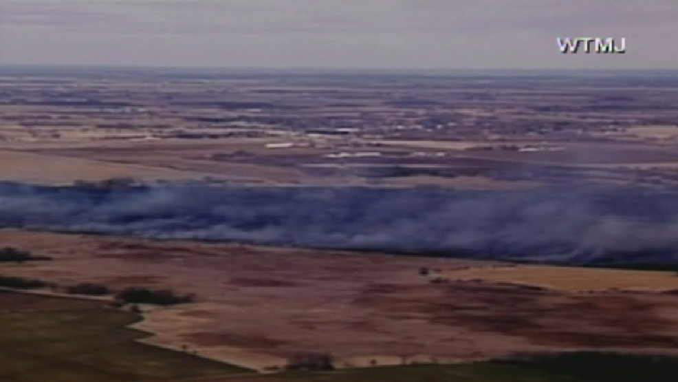 Marsh fire burning in Fond du Lac County