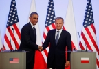 President Barack Obama shakes hands with Polish Prime Minister Donald Tusk after they made statements to reporters in Warsaw, Poland, Tuesday, June 3, 2014. (AP Photo/Charles Dharapak)