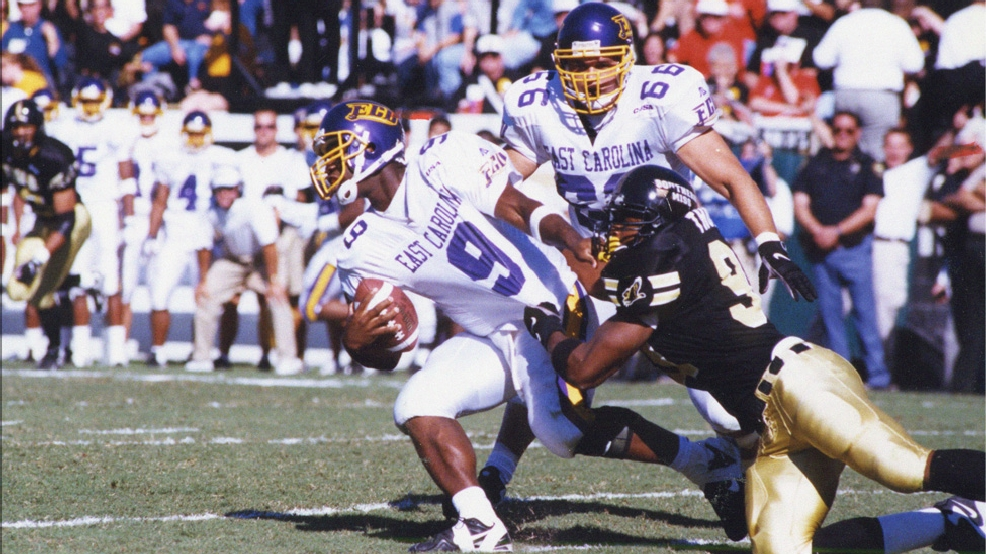 Adalius Thomas made 242 tackles as a four-year letterman at Southern Miss, including 56 tackles for losses of 347 yards and a school-record 34.5 quarterback sacks. He was named to three All-Conference USA teams and was C-USA Defensive Player of the Year in 1998 and 1999. (Photos courtesy of Southern Miss Athletics)