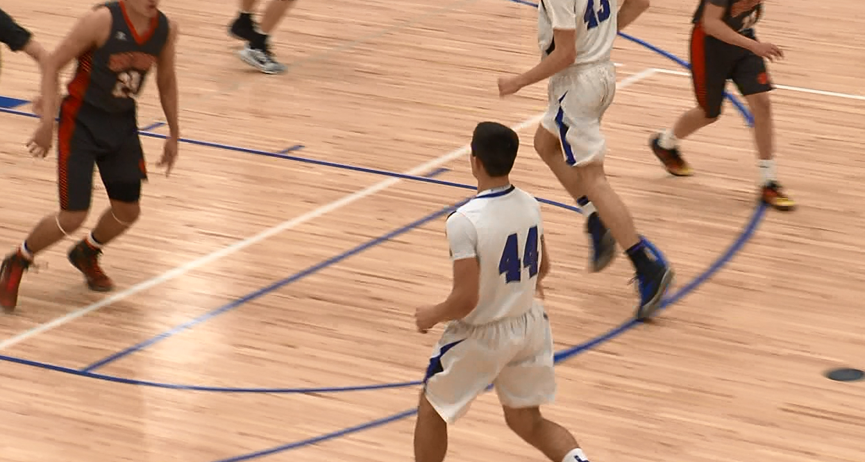 Kearney High's Kanon Koster runs the point for the Bearcats. (NTV News)