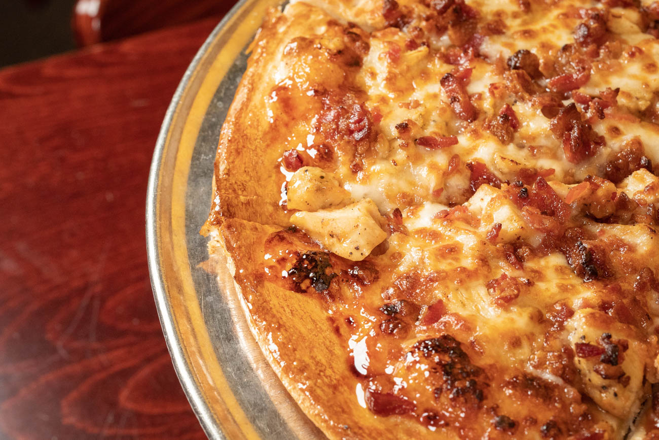 Bourbon BBQ Chicken Pizza / Image courtesy of Bourbon House Pizza // Published: 1.9.20