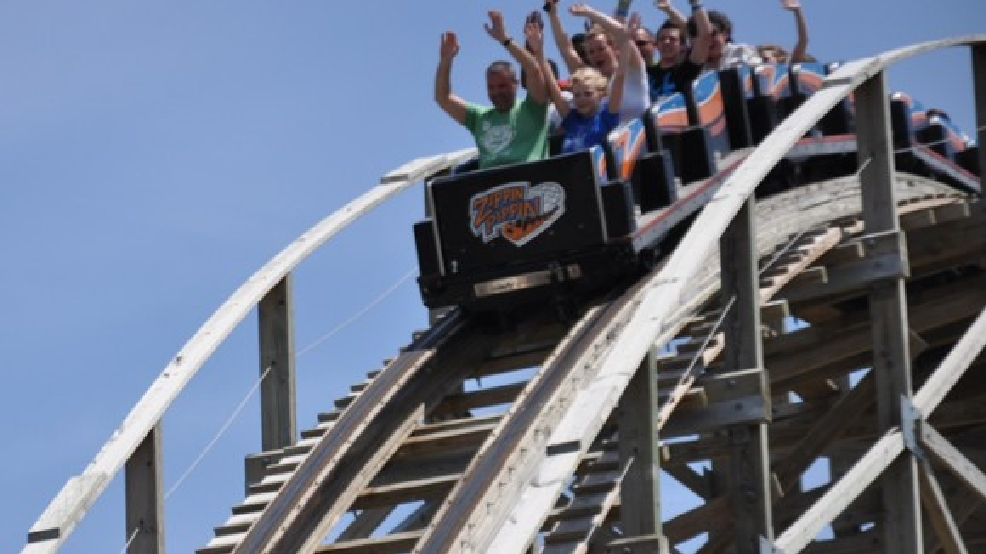 Riders enjoy the Zippin Pippin roller coaster at Bay Beach Amusement Park in Green Bay, June 20, 2013. (WLUK/Bill Miston)