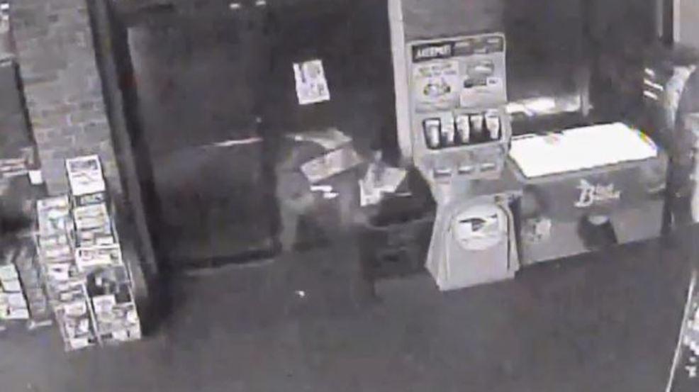 Video Man Busts Through Glass Door Of Business During Burglary Ktul