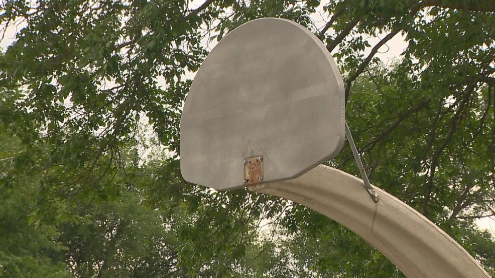 Basketball rims removed from Fisk Park (WLUK)