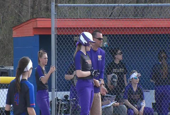 Williamsville fully loaded in 16-2 win over Riverton