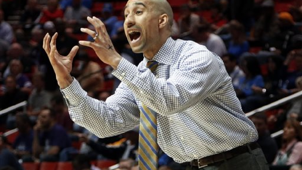 Virginia Commonwealth head coach Shaka Smart gestures as his team plays Stephen F. Austin in the first half of a second-round game in the NCAA college basketball tournament March 21, 2014, in San Diego. (AP Photo/Lenny Ignelzi)