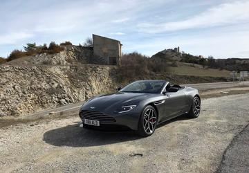 PHOTO GALLERY: 2019 Aston Martin DB11 Volante