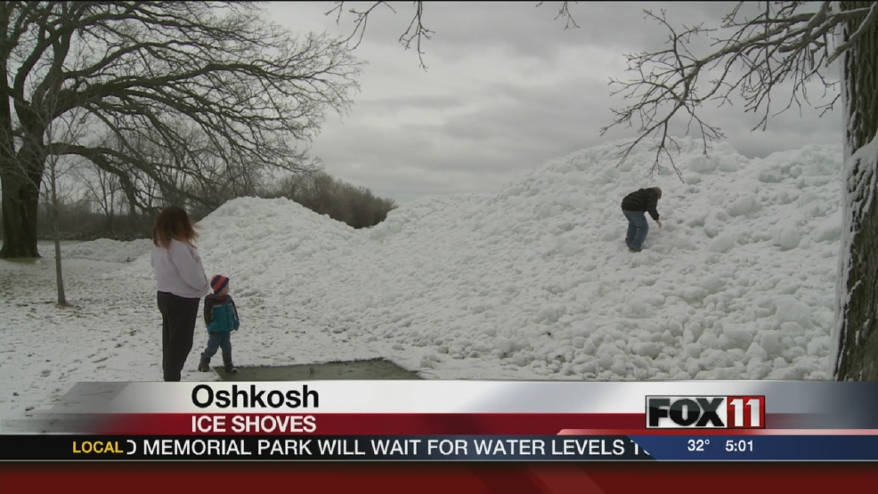 Massive ice shoves piling up in Oshkosh